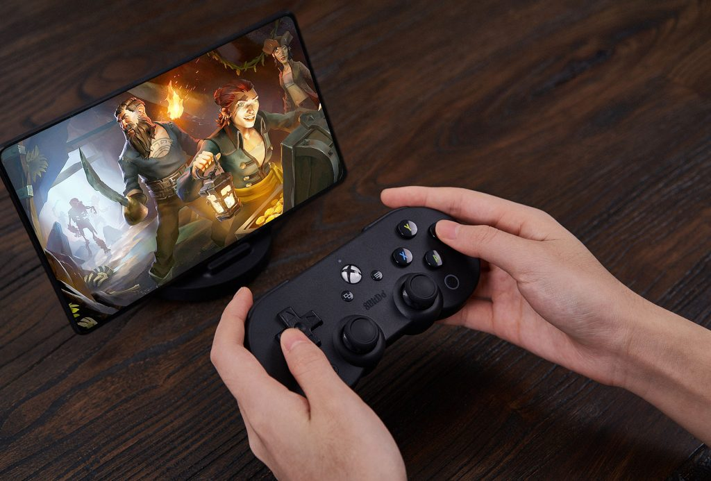 Xbox x 8Bitdo controller with tablet